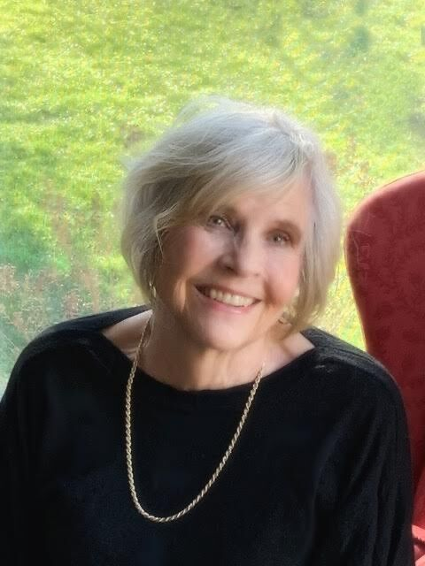 Deanne Burch Author Photo.jpg