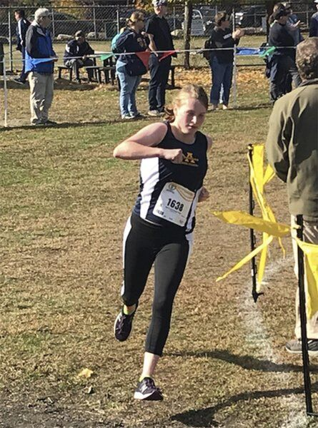 Andover's Redington uses cross country as a foil to cystic fibrosis