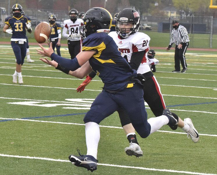 Holiday-worthy win: Beal, Aruri spark Andover to win over Thanksgiving rival North Andover