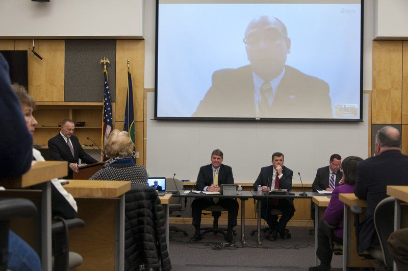 Making their case; Selectmen's race prompts lively debate at forum