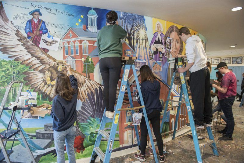 Mural urgesstudents to 'think globally, act locally'