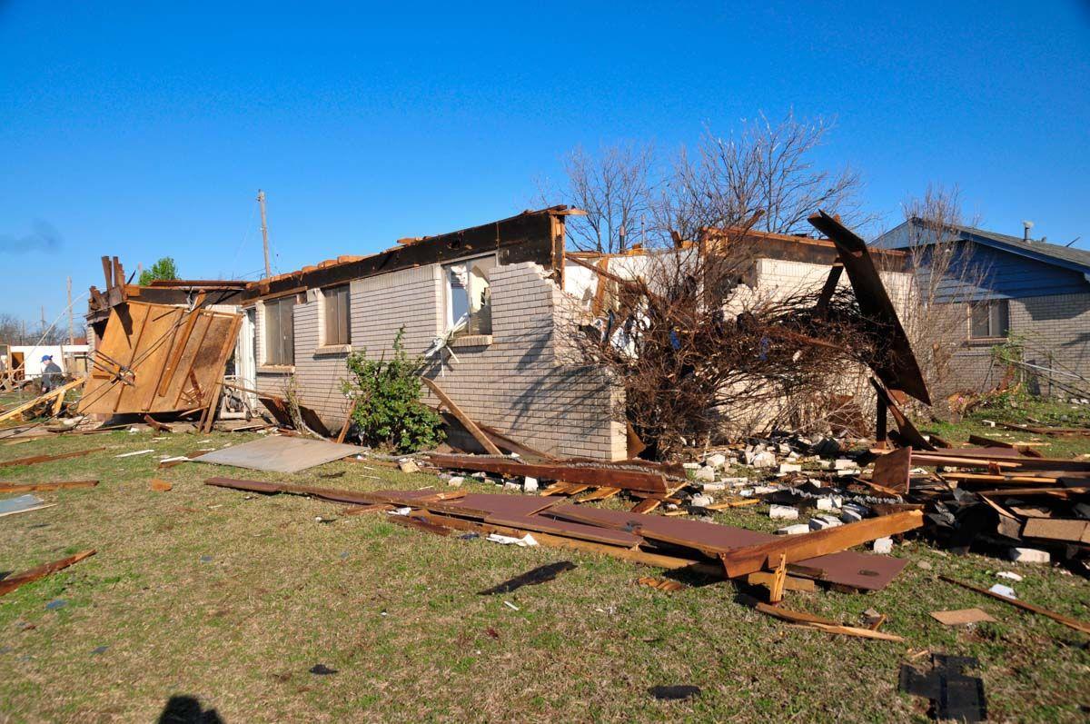 Moore Tornado Damage March 2015