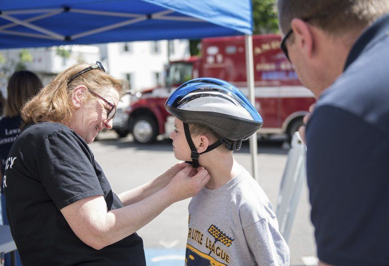 Bike rodeo focuses on fun, safety