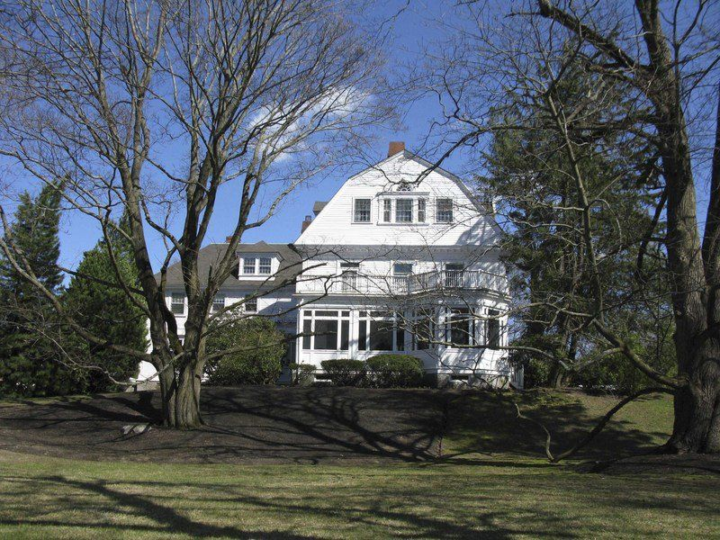 Nine properties,protest group to receive preservation awards