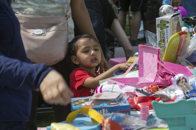 Town Yard Sale attracts sellers, buyers from Boston and beyond