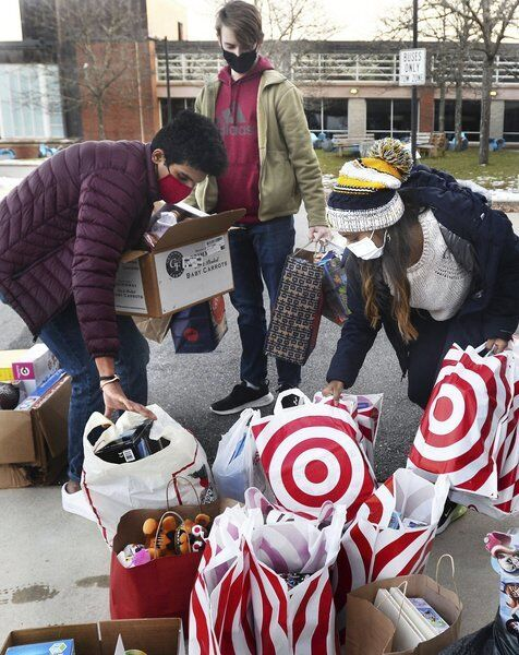 Students collect toys for Toys for Tots