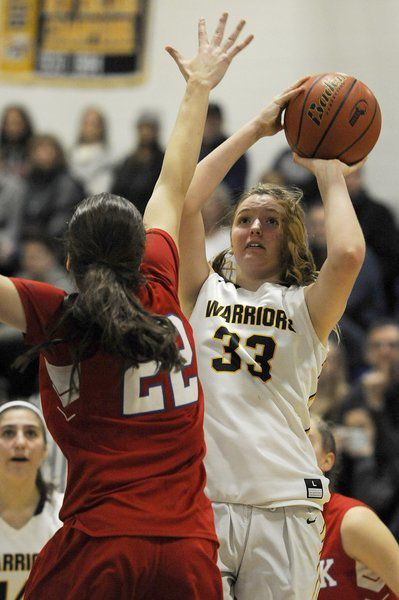 Andover freshman Foley has two Division 1 family members to draw basketball wisdom