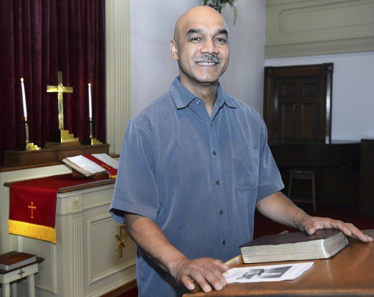 Baptist Church pastor honored for 15 years of leadership