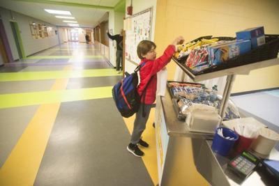 Legislators push for breakfast in classrooms in Andover, statewide