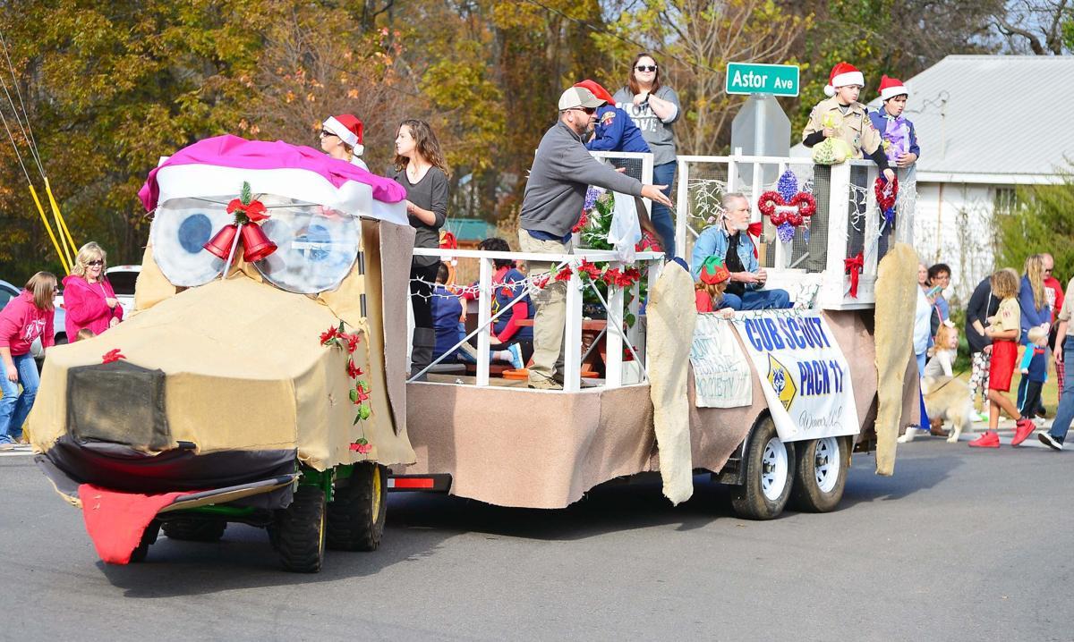 Weaver Christmas Parade
