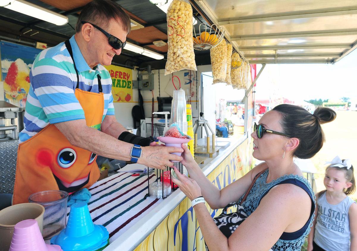 Cleburne County Fair BW 03.JPG