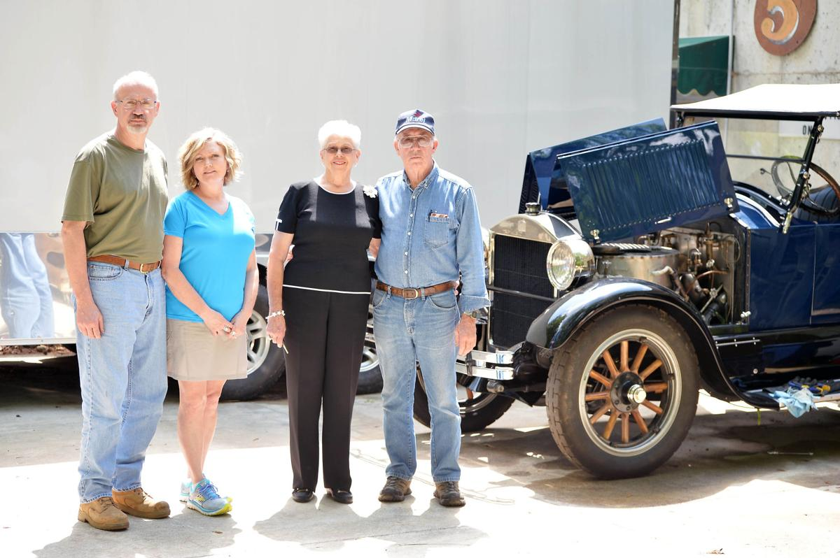 Heflin Father And Son Rebuild 1922 Steam Car Cleburne