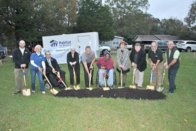 pell city area habitat breaks ground on handicapped accessible home for veteran the daily home. Black Bedroom Furniture Sets. Home Design Ideas