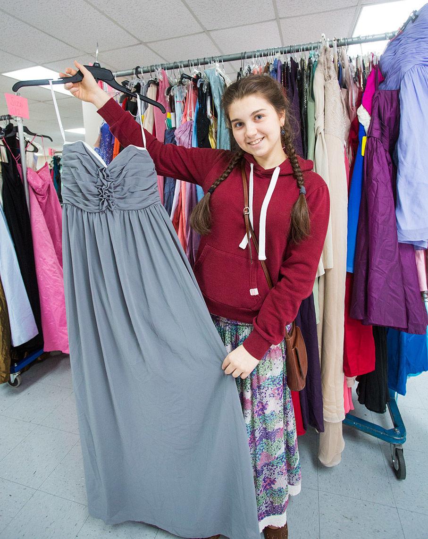 Ksenia Klochkova finds her dress at Prom Paloosa