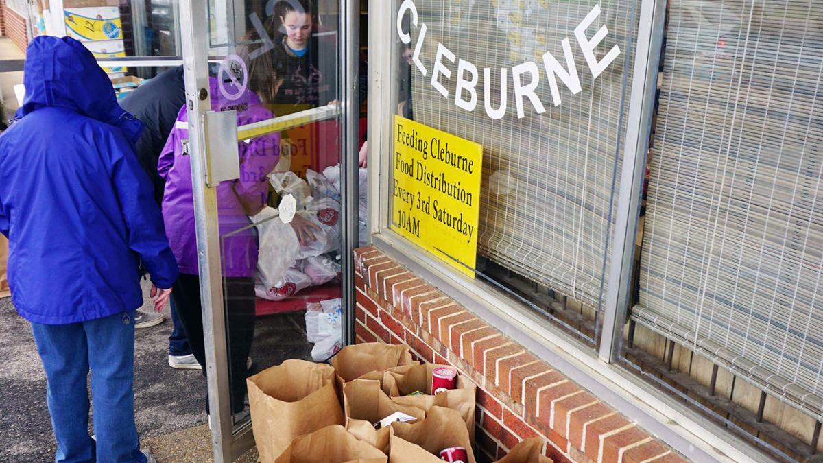 Rain fails to dampen the spirit of Feeding Cleburne