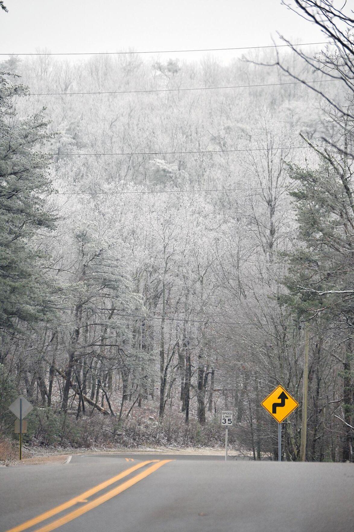 Cheaha State Park Snow BW 01.JPG