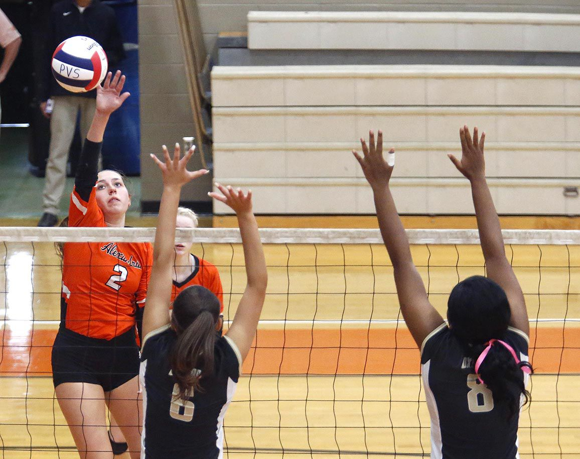 100519_Alexandria_Oxford vb_001 tp.jpg