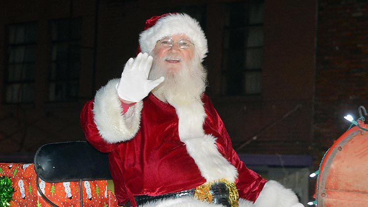 Holidays On Ross And Heflin Christmas Parade