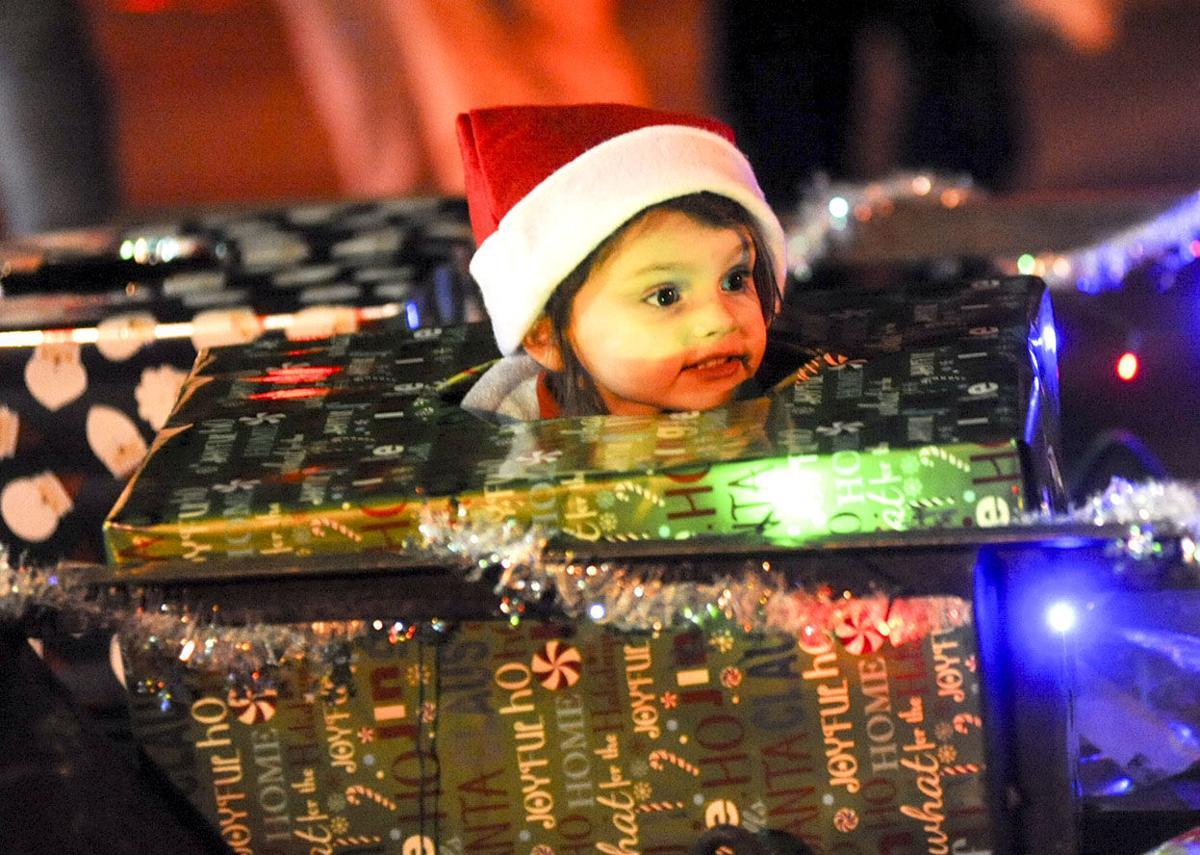 PC Christmas Parade 14 tw.jpg