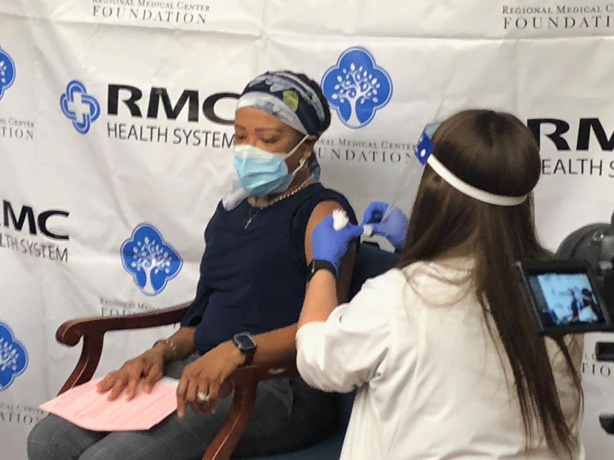 Dr. Mimi Free COVID vaccination