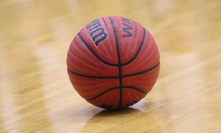 Springville hosted its 28th annual Christmas Classic