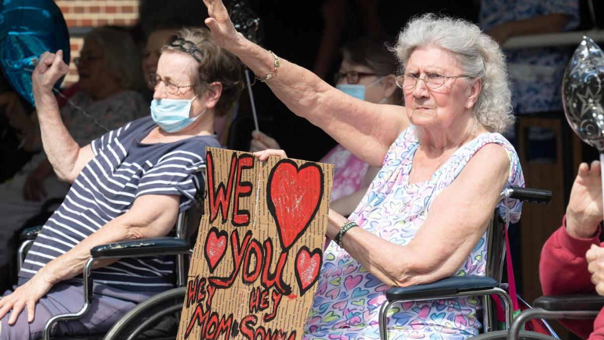 Parade at Diversicare in Pell City allows residents to see family, friends (photo gallery)