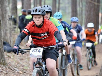 Melee at McClellan Mountain Bike Race BW 07.JPG