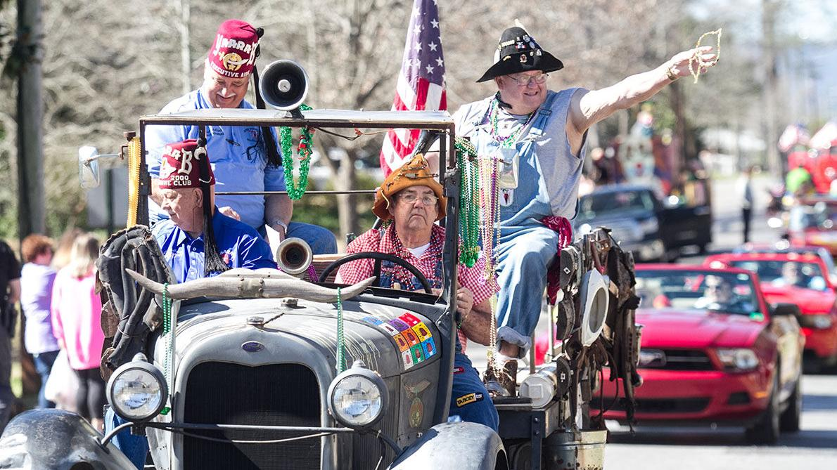 Scenes from Talladega's 2017 Mardi Gras prade (photo gallery)