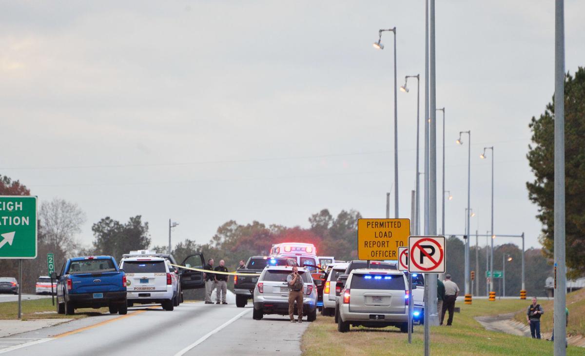 Interstate 20 crime scene BW 02.JPG