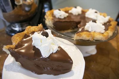 chocolate creme pie 08 tw.jpg