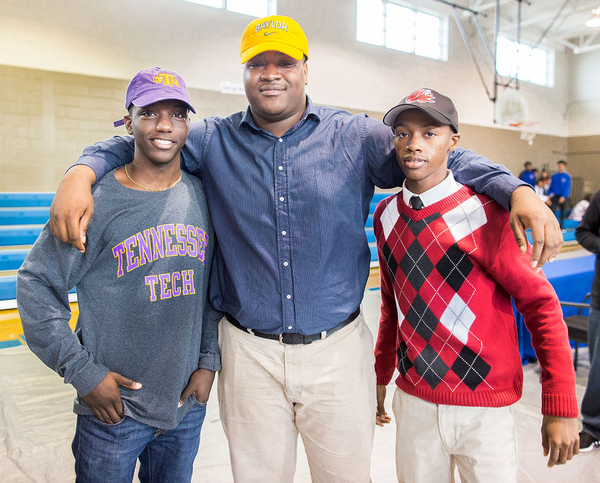 Khalil Keith signs with Baylor