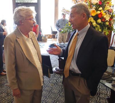 Governor Ivey visits_016 tp.jpg