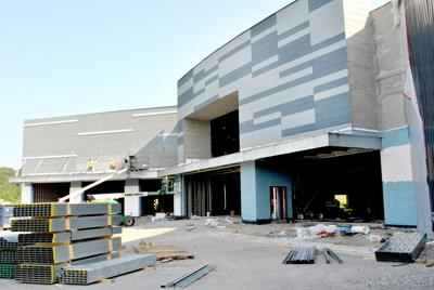 Work continues on new entertainment center in Pell City