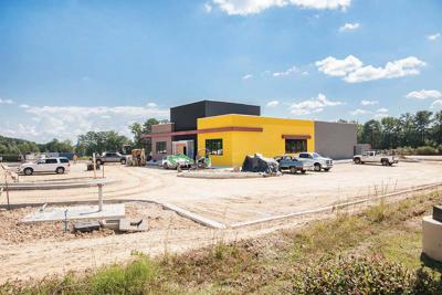 Buffalo Wild Wings restaurant nearing completion