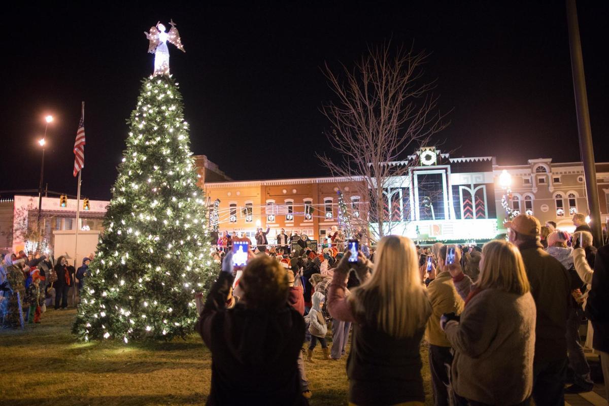 talladega christmas tree lighting kicks off christmas on the square in talladega