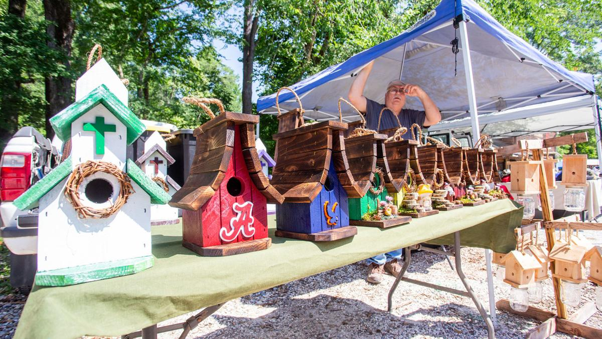 Heat doesn't slow down Kymulga Grist Mill Trade Day (photo gallery)