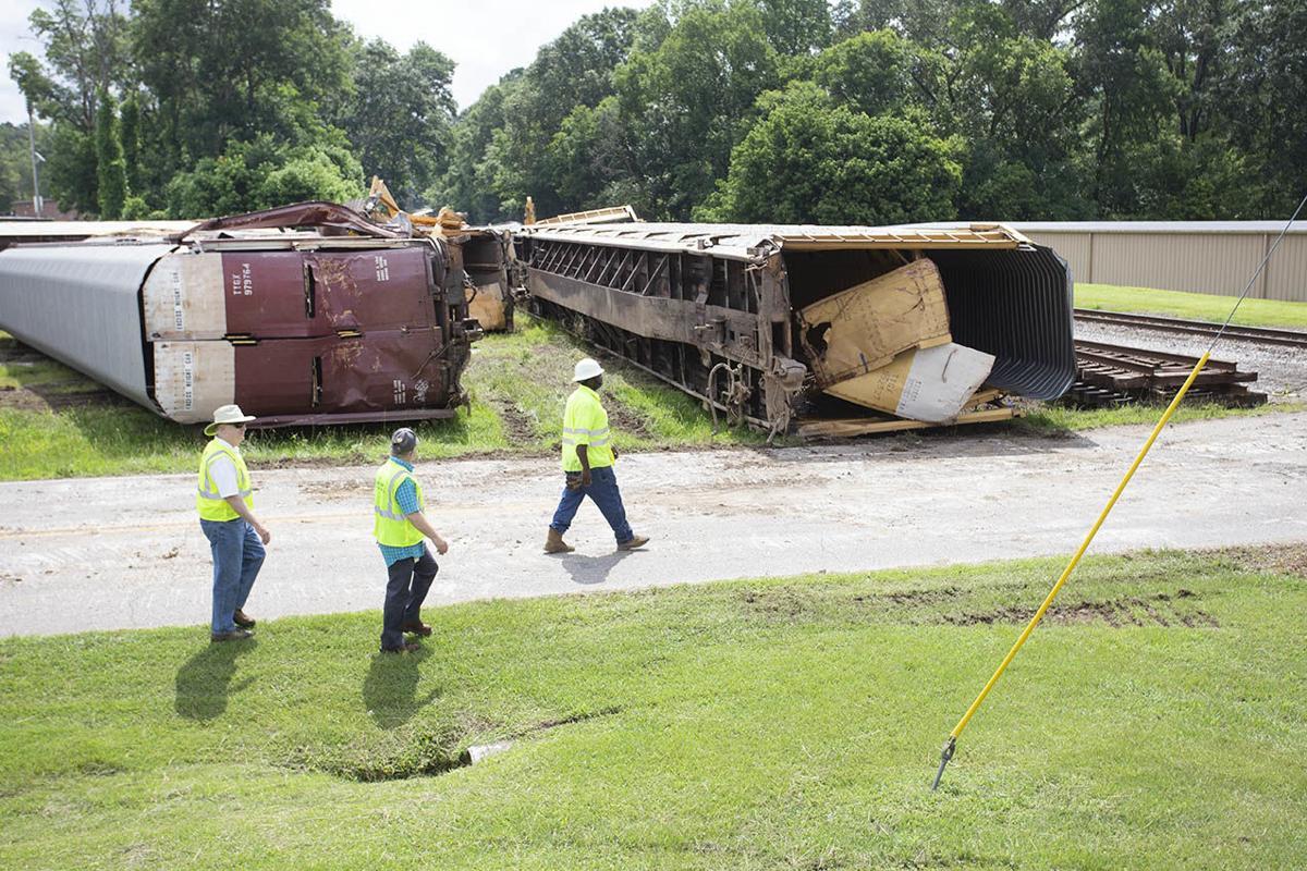 Train derailment Pell City-bc (12).jpg