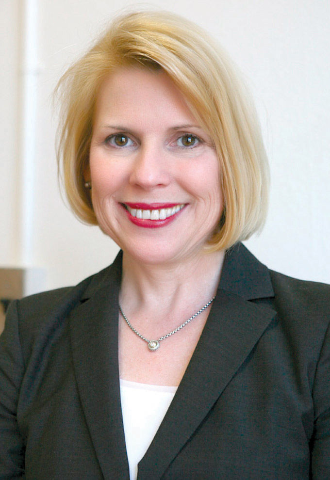 Dr. Suzanne Lacey