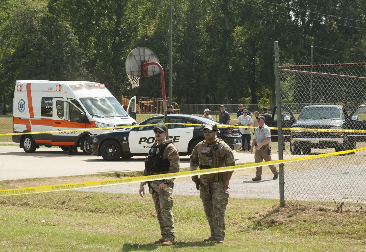 Knoxville shooting 1 tw.jpg