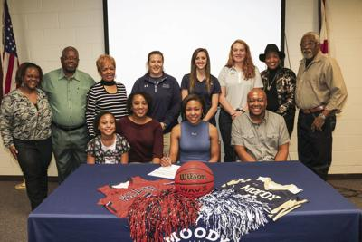 Moody senior Kayla Ellis signs with Wallace State