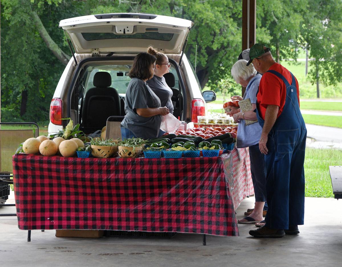 Cleburne County Farmers Market BW 016.JPG