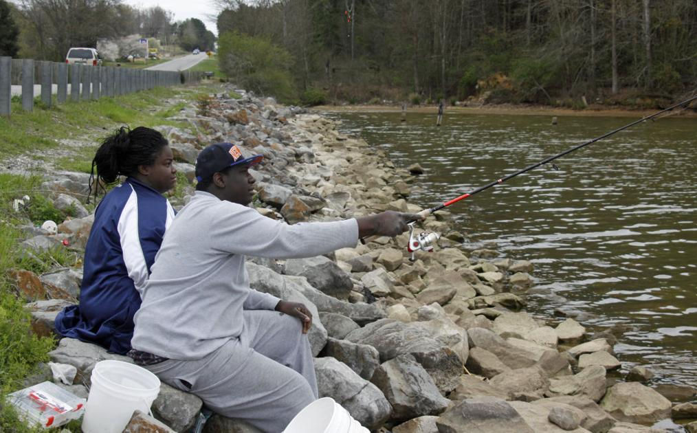 Outdoors no boat no problem for roadside anglers for Jackson lake fishing report
