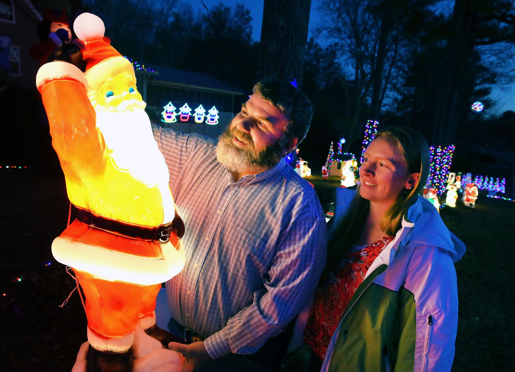 Gaddy Family Christmas Lights | The Jacksonville News ...
