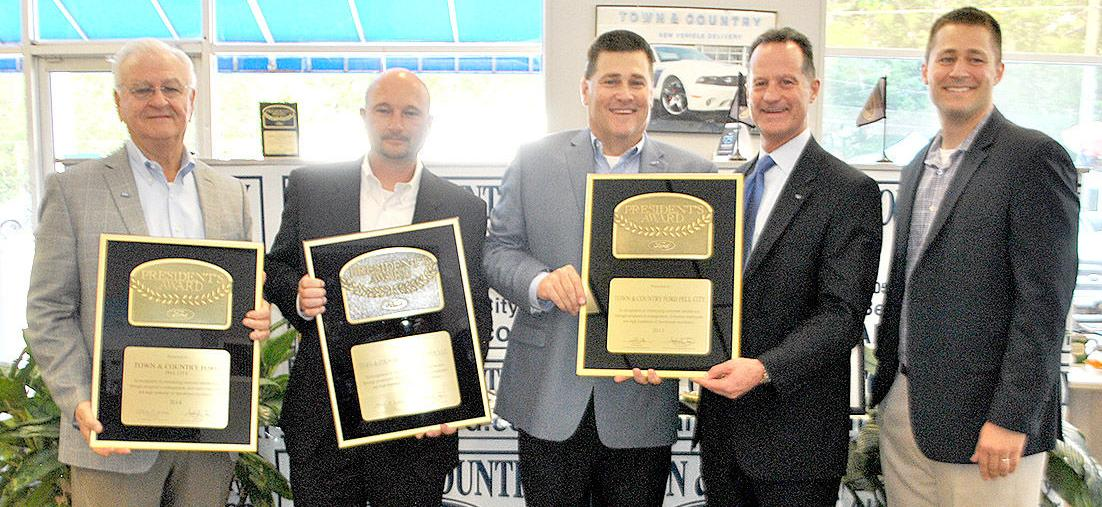 town and country ford wins fourth president s award the st clair times. Black Bedroom Furniture Sets. Home Design Ideas