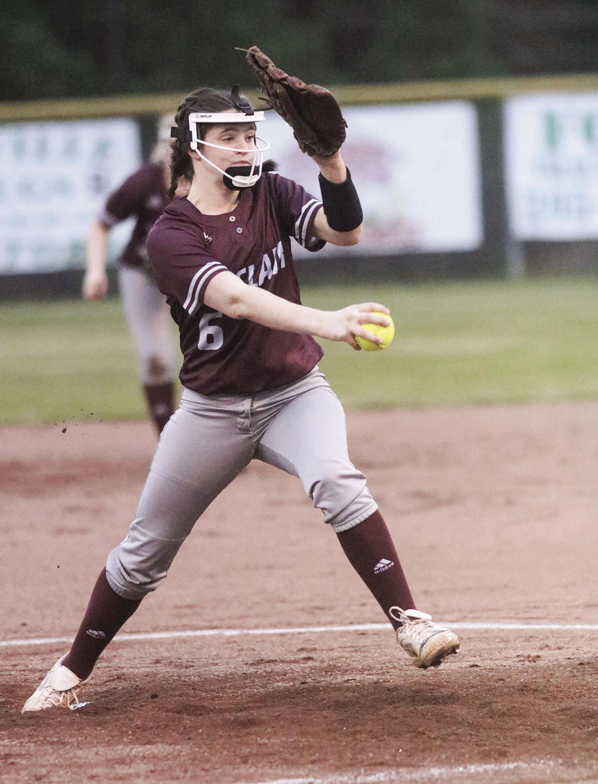 SCCHS pitcher Amber Niles
