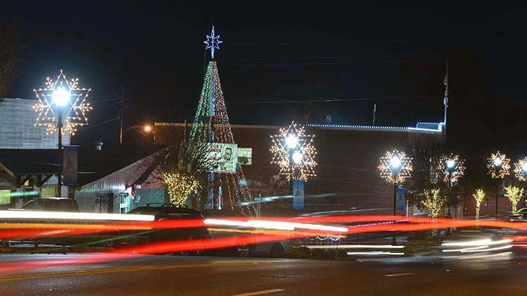 Cleburne County Christmas Lights And Sights