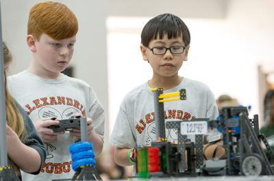 White Plains robot competition