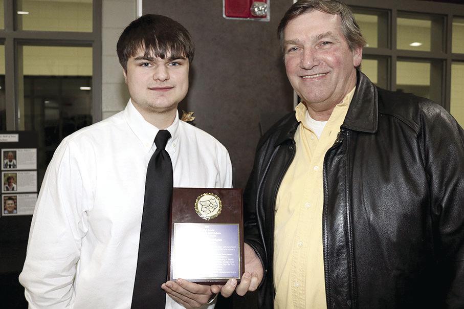Taylor Seawright awarded scholarship