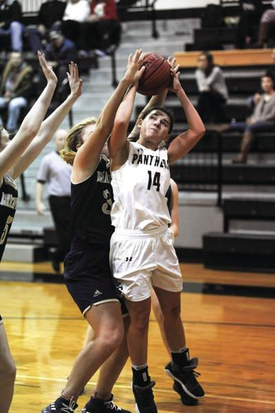 Luker leads Lady Panthers to wins