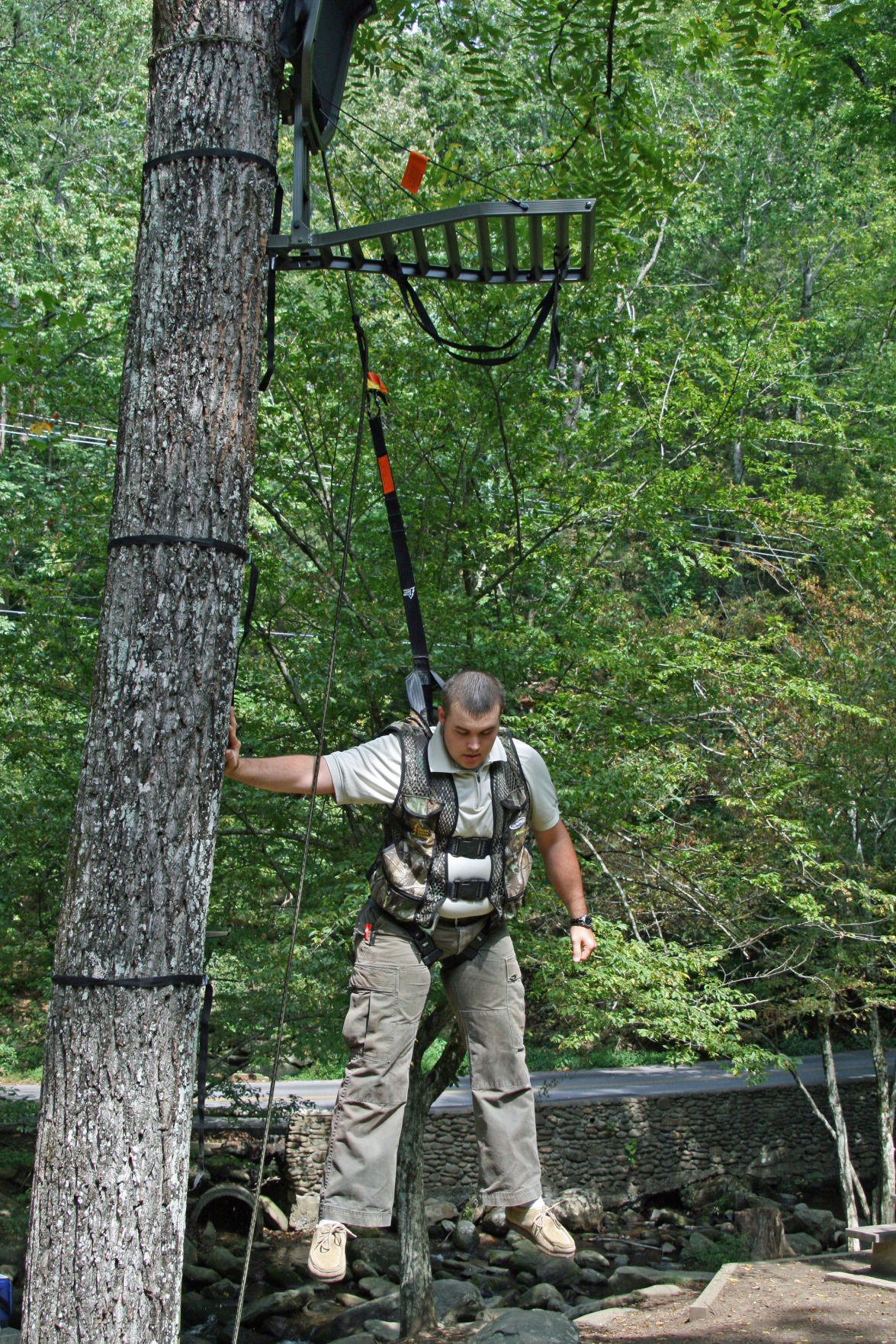 Outdoors Hunters Should Practice Tree Stand Safety